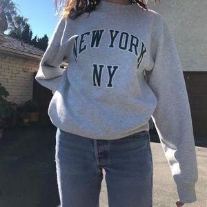 Brandy Melville New York Erica Sweatshirt
